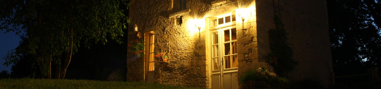 PETIT COLOMBIER BY NIGHT slider